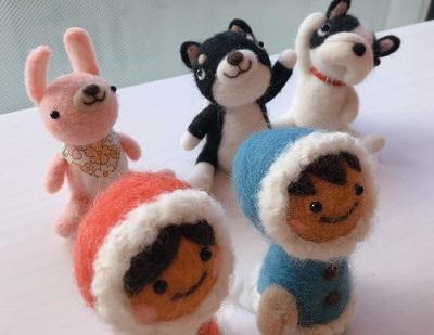 羊毛フェルトの人形