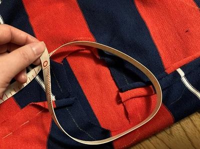 身頃の袖周りの長さを計測する